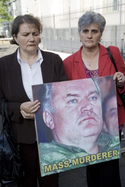 Фоторепортаж о слушании дела Ратко Младича в Международном Гаагском трибунале. Фото: Serge Ligtenberg/Getty Images
