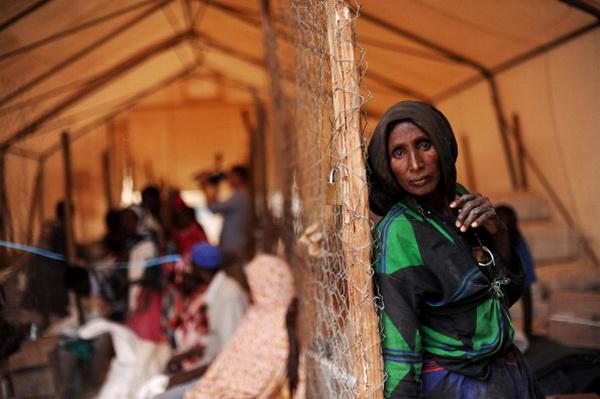 Фоторепортаж о трудностях сомалийских беженцев в Кении. Фото: ROBERTO SCHMIDT / AFP / Getty Images