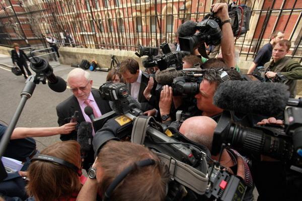 Фоторепортаж о реакции общественности на оглашение вердикта по делу «терактов 7/7» в Лондоне. Фото: Peter Macdiarmid/Getty Images