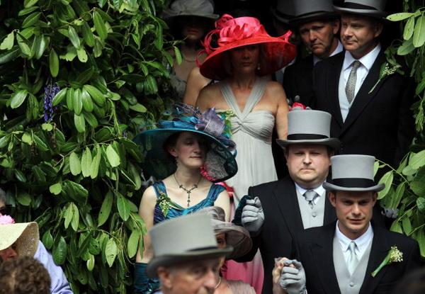 Фоторепортаж с празднования Дня флоры в Хелстоне, Великобритания. Фото: Matt Cardy/Getty Images