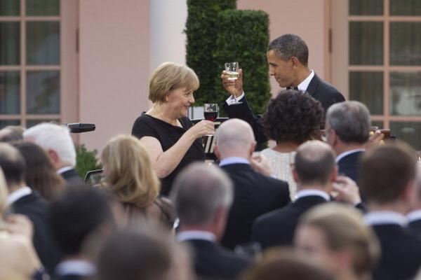 Фоторепортаж о торжественном приеме в честь канцлера Германии Ангелы Меркель, устроенном президентом США Баракой Обама. Фото: Win McNamee/Getty Images