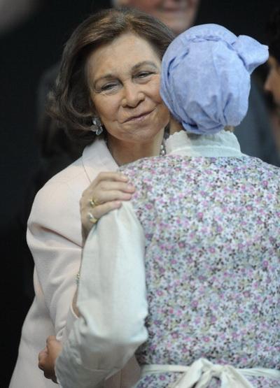 Фоторепортаж о королеве Испании Софии на открытии музея Balenciaga. Фото: Ander Gillenea/Getty Images