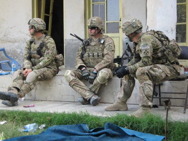 Фоторепортаж с места боев между силами безопасности города Кандагар и боевиками движения «Талибан». Фото: Getty Images