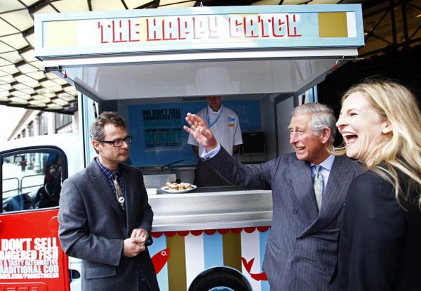 Фоторепортаж из Англии: принц Уэльский Чарльз открыл кампанию по защите океанов от загрязнения. Фото: Andrew Winning - WPA Pool/Getty Images