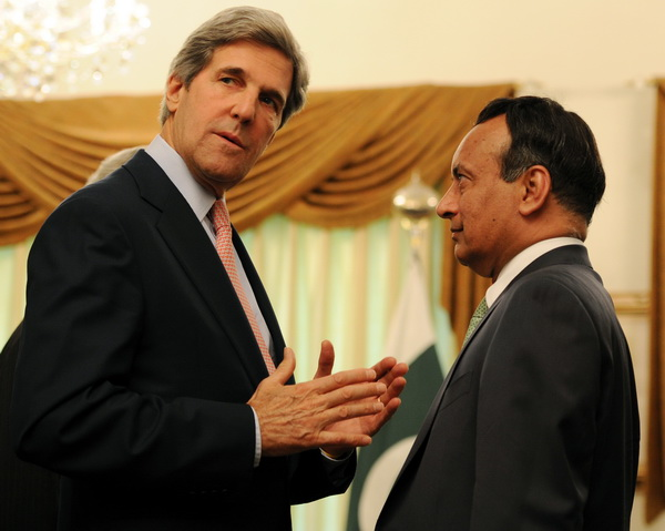 Фоторепортаж о переговорах США и Пакистана в разрешении напряженных отношений. Фото: AFP PHOTO/ AAMIR QURESHI