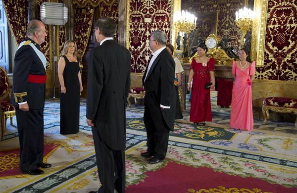 Фоторепортаж о приеме послов королем Испании Хуаном Карлосом в Мадриде. Фото: Carlos Alvarez/Getty Images