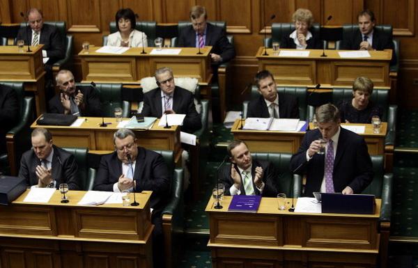 Фоторепортаж с собрания о новом законопроекте министра финансов Билла Инглиша в Новой Зеландии. Фото: Hagen Hopkins/Getty Images