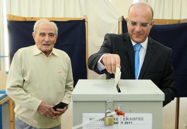 Фоторепортаж о предварительных результатах  парламентских выборов на Кипре. Фото: AFP PHOTO/PIO/HO