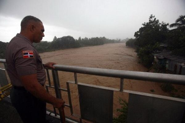 Ураган «Айрин» заставил власти Нью-Йорка ввести режим ЧС. Фоторепортаж с места происшествия. Фото: AFP PHOTO/Nicholas KAMM