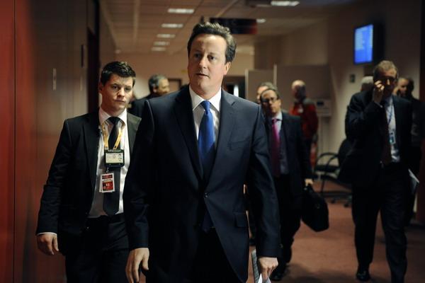 Прибывают представители стран – членов ЕС. Премьер – министр Великобритании Дэвид Кэмерон. Фото: GEORGES GOBET/AFP/Getty Images