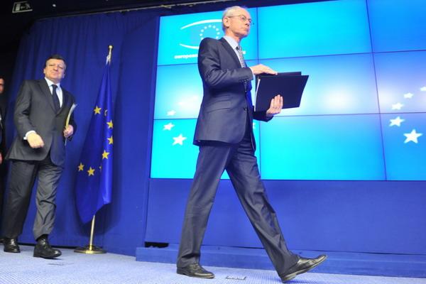 Во время саммита ЕС. Фото: GEORGES GOBET/AFP/Getty Images
