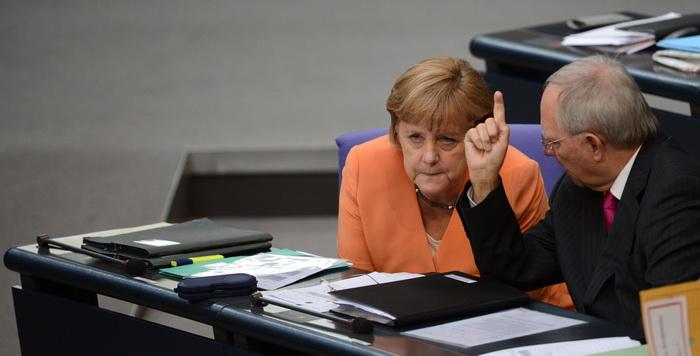 Другой подход решения кризиса еврозоны. Фото:  JOHANNES EISELE/AFP/GettyImages