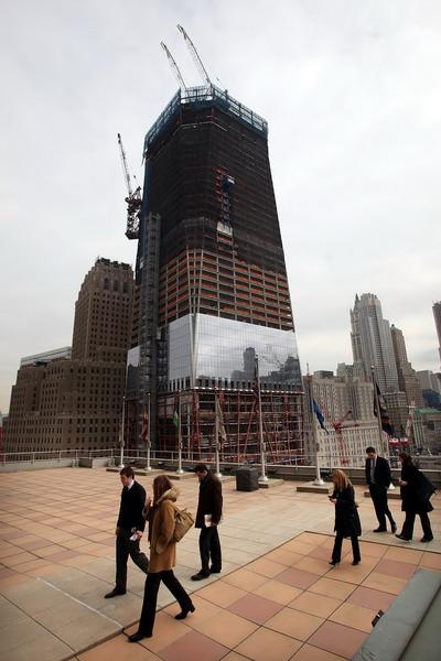 Здание ВТЦ 24 февраля 2012 года. Фото: Mario Tama/Getty Images