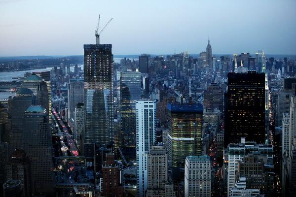 Новое здание ВТЦ на фоне Нью-Йорка. Фото: Mario Tama/Getty Images
