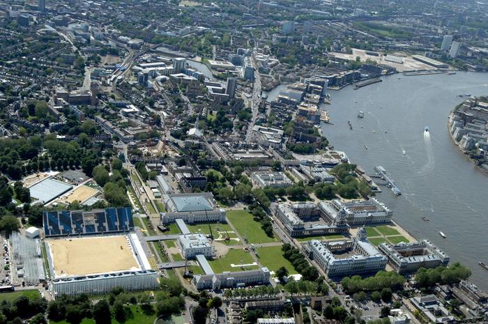 Лондон готовится к Олимпиаде-2012. Арена верховой езды в Гринвич-парке, Лондон. Фото: ROBERT GRAHN/AFP/GettyImages