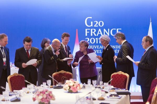 8. Началась встреча G 20 в Каннах. Фото: GUIDO BERGMANN/AFP/Getty Images