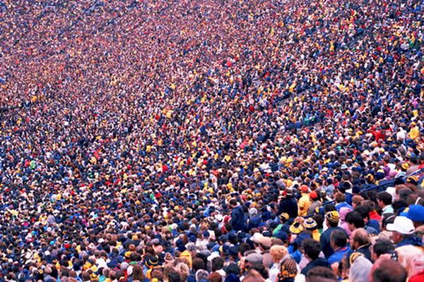 5. 7 млрд жителей планеты Земля. Фото с сайта gazetavv.com
