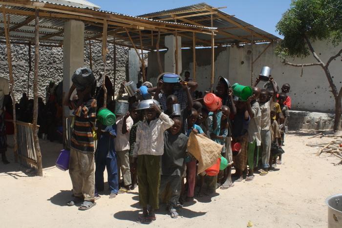 В мире опять не хватает продовольствия. Фото: ABDURASHID ABDULLE ABIKAR/AFP/Getty Images