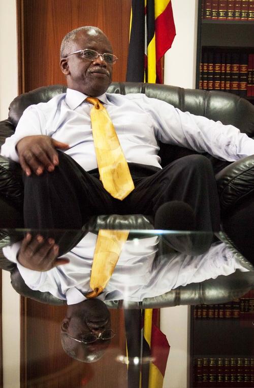 Коррупция в Уганде всё увеличивается. Премьер - министр Уганды Амама Мбабази. Фото: MICHELE SIBILONI/AFP/Getty Images