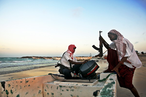 5. Доход сомалийских пиратов. Фото: MOHAMED DAHIR/AFP/Getty Images