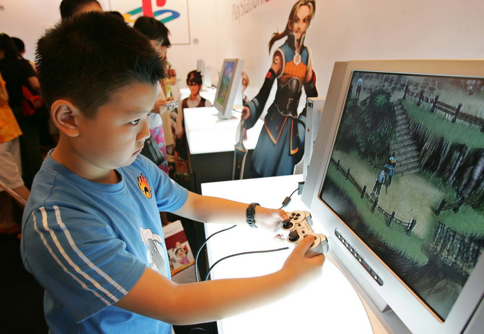 Sony в Японии прекращает производство PlayStation 2. Фото: China Photos/Getty Images