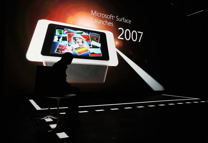 Война между Microsoft и Apple. Фото: Kevork Djansezian/Getty Images