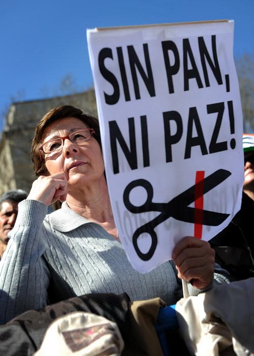 Демонстрация протестов, организованная профсоюзами UGT и CCOO 11 марта 2012 года в Мадриде, Испания. Фото: Jasper Juinen/Getty Images