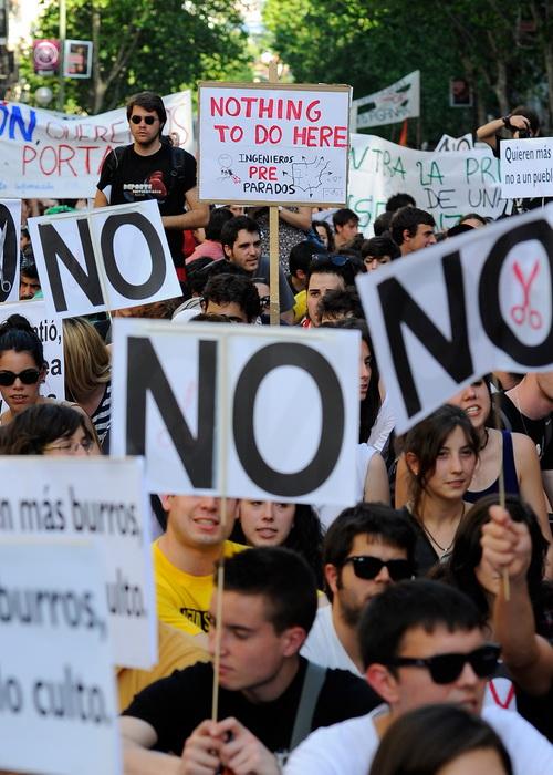Демонстрация протестов студентов 10 мая 2012 года в Мадриде, Испания. Фото: DANI POZO/AFP/GettyImages