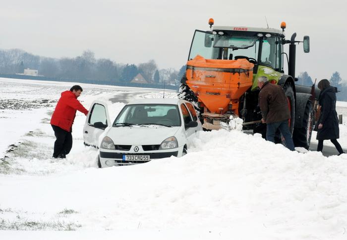 Непогода в Европе требует дополнительных средств.  Фото: FRANCOIS LO PRESTI/AFP/Getty Images