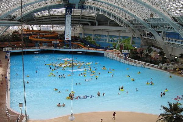 Торговый центр West Edmonton Mall в Канаде. Фото: ru. wikipedia.org