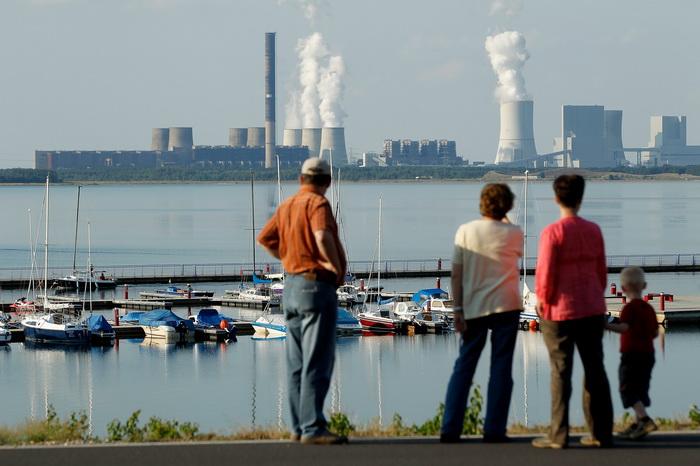 Угольная электростанция в Ухисте. Фото: Sean Gallup/Getty Images