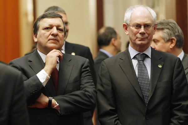 Председатель Еврокомиссии Жозе Мануэль Баррозу и президент ЕС Герман ван Ромпей.Фото: How Hwee Young - Pool/Getty Images