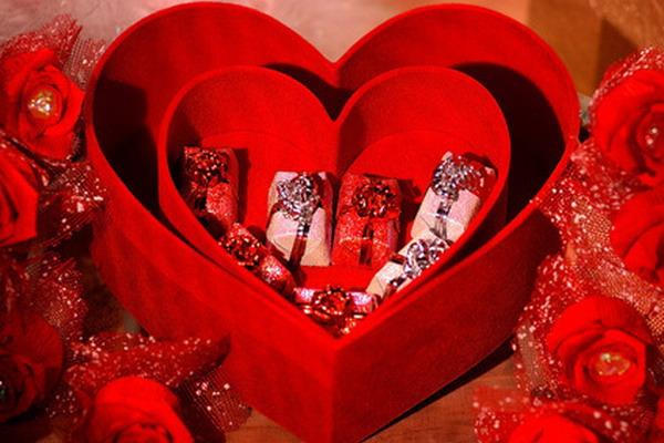 подарки ко дню всех влюбленных: