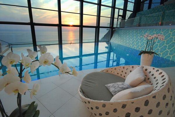 Порадуйте любимую возможностью посетить SPA процедуры. Фото с сайта carpettheworld.org