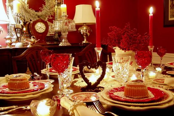 Романтический ужин вдвоем. Фото с сайта farforushka.ru