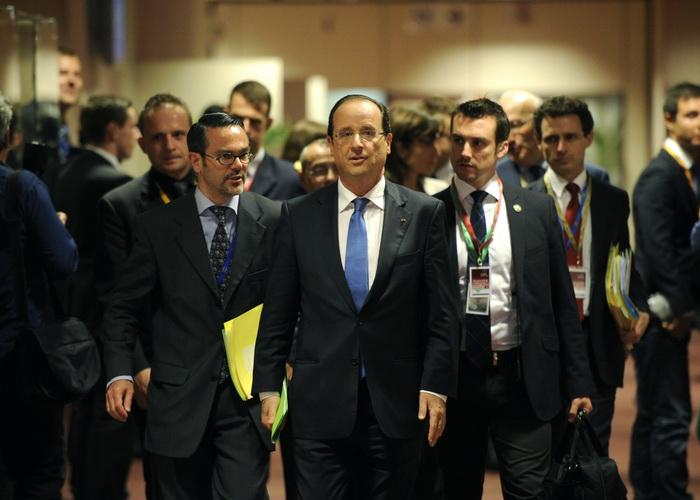 Кризис еврозоны может оказать влияние на мировую экономику Президент Франции Франсуа Олланд прибывает на саммит ЕС. Фото:  JOHN THYS/AFP/GettyImages