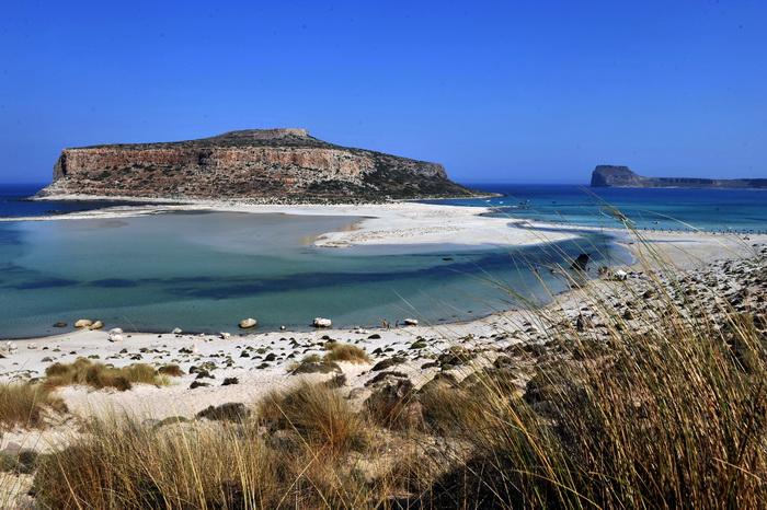 Греция вынуждена решить вопрос об аренде своих островов.Фото: LOUISA GOULIAMAKI/AFP/Getty Images