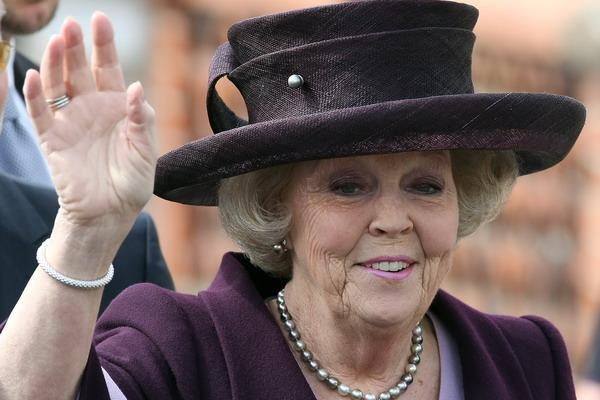 В Нидерландах пало правительство . Королева Нидерландов Беатрикс. Фото: Adam Berry/Getty Images