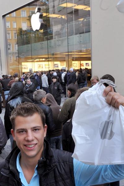 8. Магазин Apple в Мюнхене, Германия. Фото: FRANK LEONHARDT/AFP/Getty Images