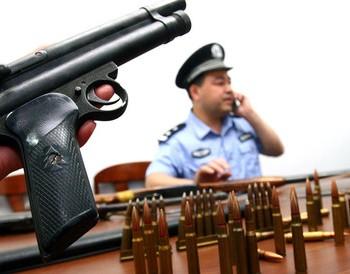 Оружие из Китая для режима Каддафи. Фото: tagesschau.sf.tv