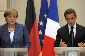Меркель И Саркози обсудили план действий по спасению евро и выхода из кризиса 16 августа в Париже. Фото: sueddeutsche.de