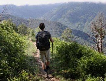 Фото: Особенно излюблены спортивные отпуска в виде походов, поездок на велосипеде и мотоспорт. Фото: n-tv.de