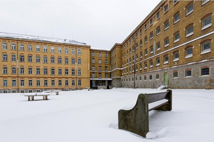 Тюрьма в Баутцене готовит места для 40 превентивных заключённых. 14  декабря 2012. Фото: Joern Haufe/Getty Images