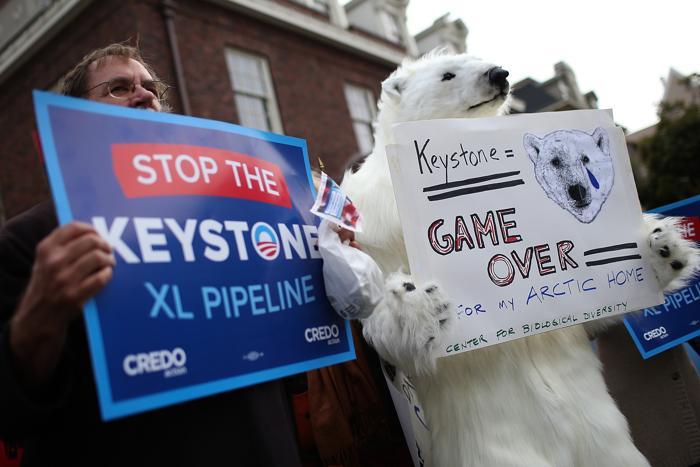 В США жители выступили против создания крупного нефтепровода. Фото: Justin Sullivan / Getty Images