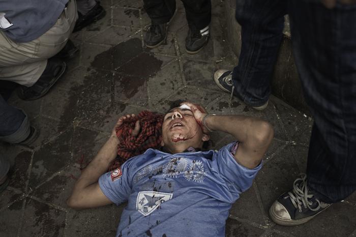 Акция протеста «Пятница наступления» рядом со зданием Министерства обороны на площади Тахрир в Каире. Фоторепортаж. Фото:  GIANLUIGI GUERCIA/AFP/GettyImages