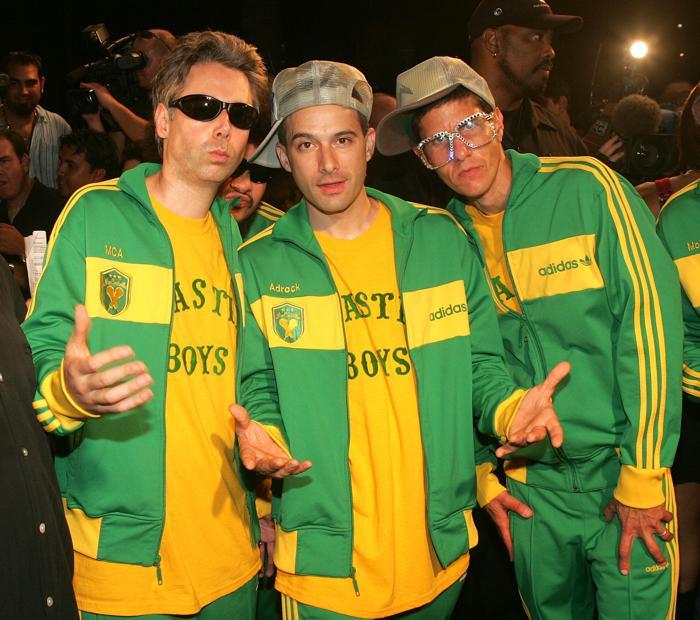 Группа «Бисти Бойз» (Beastie Boys) прибыла в 2004 году на MTV Video Music Awards Латинской Америки 21 октября 2004 в Майами-Бич, штат Флорида. Фоторепортаж. Фото: Evan Agostini / Getty Images