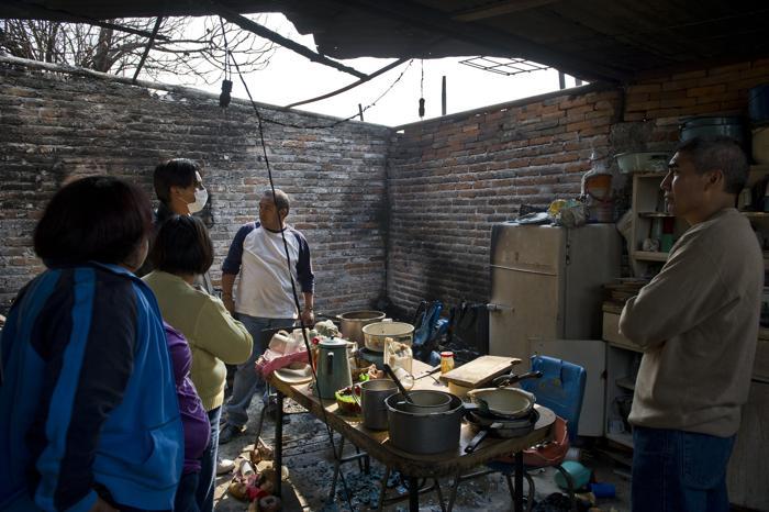 Число погибших в Мексике от взрыва цистерны с газом достигло 23 человек. Фото: Ronaldo Schemidt/AFP/Getty Images