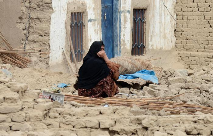В Пакистане сильнейшее землетрясение унесло жизни 41 человек. Фото: Banaras Khan / AFP / Getty Images
