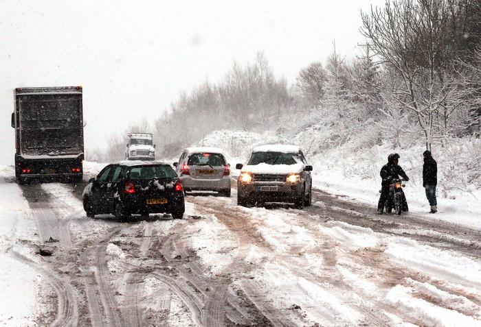 Сильные снегопады в Великобритании, 17 января 2013 года. Фото: Matt Cardy/Getty Images