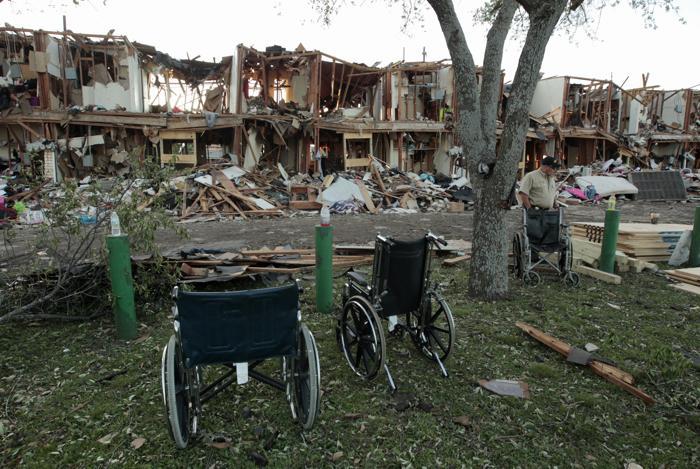 Власти заявили о 14 погибших в результате взрыва в Техасе. Фото: Erich Schlegel/Getty Images